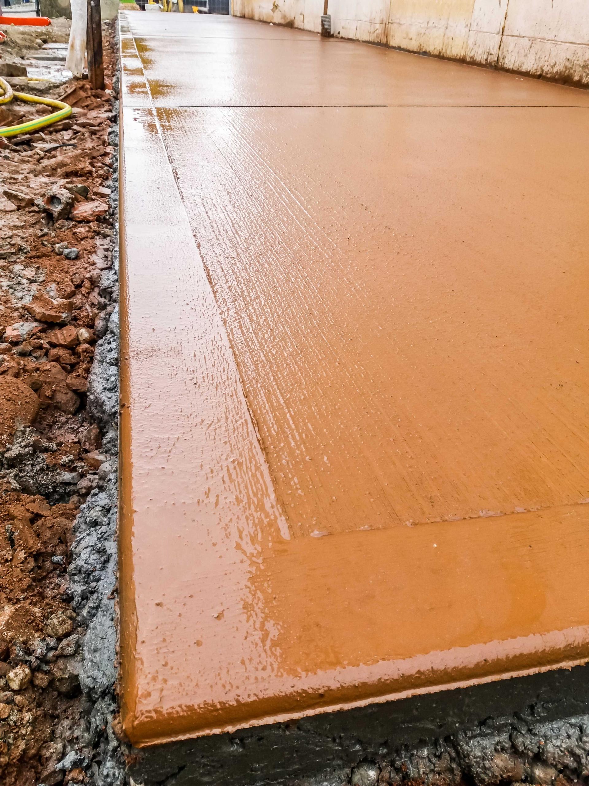 santi pavimenti industriali, massetti sabbia cemento, massetto sottofondo alleggerito, rampa antiscivolo calcestruzzo treviso vicenza verona padova rovigo